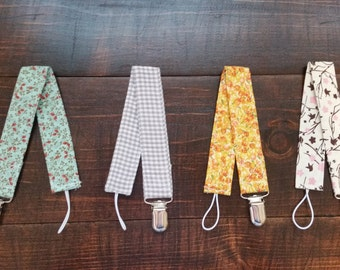 Pacifier Clip - Binky Clip - Paci Clip - Fabric Binky Clip - Fabric Pacifier Clip - Toy Clip - Baby Gift - Baby Shower Gift