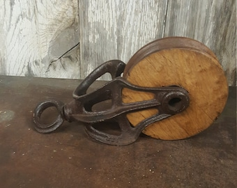 Primitive Farm Pulley Skeleton Pulley Cast Iron And Wood