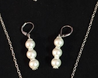 Prearls n Silver Necklace and Earring set
