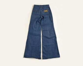Vintage 70's Power Club Denim Bell Bottom Jeans