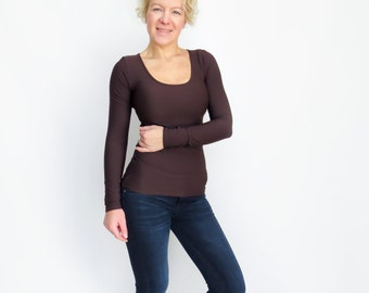 FREE SHIPPING,  Brown cleavage top, Scoop neck shirt, Brown long top