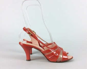 60s Red Patent Leather Swirl Heels / 1960s Vintage Shoes Pin Up Pumps / Size 7