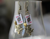 Alice in Wonderland earrings steampunk earrings gift for her steampunk earrings white rabbit Alice in Wonderland jewelry fancy dress