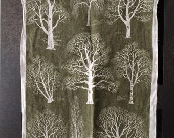 Vintage Linen Tree Towel