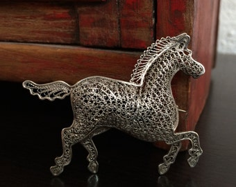 Vintage Sterling Silver Filigree Horse Brooch