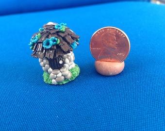 Mini Stone Egg Hut