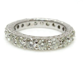 14k White Gold Diamond Eternity Band