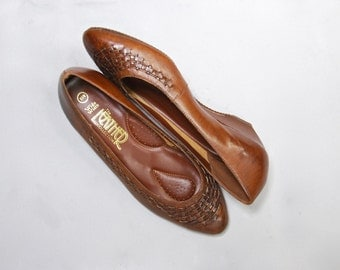1970's Brown Leather Wedge Flats • size 8