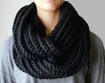 Crochet Infinity Scarf, Chunky Infinity Scarf in Black, Chunky Loop Scarf, Circle Scarf, Hand knit scarves, Infinity Loop Scarf, Black