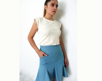 PDF Sewing Pattern Women's Skirt - fitted at the waist with flare toward the hem  - sizes 38-40-42-44-46-48-50 n.17
