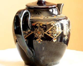 Vintage black tea pot with lid made in England / hand painted black ceramic teapot with diamond pattern