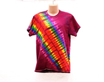 Tie Dye T-Shirt, Trippy Rainbow Tee, Hippie Festival Top, Mens Women's Shirts, Colorful Retro Clothing