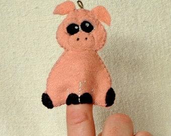Felt Pig Finger Puppet, Wool Felt Pig Ornament, Felt Handmade Pink Piggy Puppet, Christmas Ornament *Ready to Ship