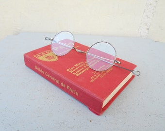 Antique spectacles, round shape glasses, French antique glasses, 1900's.