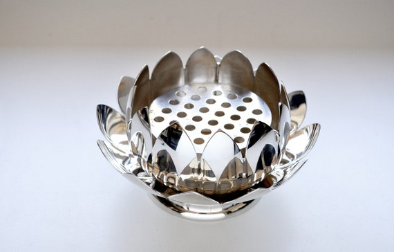Reed Amp Barton Silver Lotus Water Lily Flower Bowl