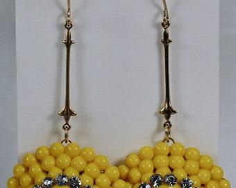 Vintage Yellow Beaded Acrylic Earrings, 40's Yellow Rhinestone Dangles, Summer Garden Woodland Wedding Earrings, Yellow Chandelier Earringss