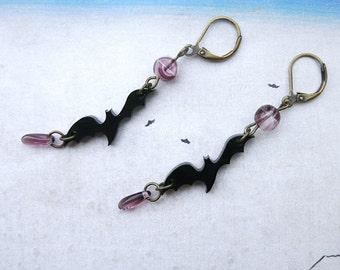 Bride of Frankenstein earrings, bat earrings, gothic earrings, violet, black bats exclusive design, terror, horror, halloween jewelry