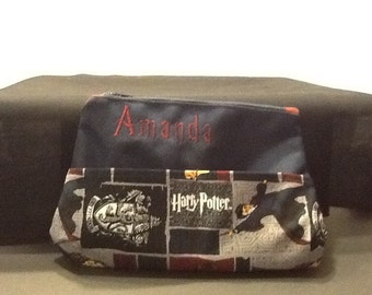 Personalized make up bag-medium size with Harry Potter, Ron Weasley, Hermione Granger, Hogwarts, Gryffindor fabric