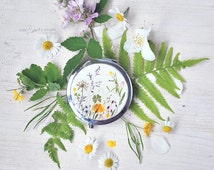 Botanical Pocket mirror with 4 leaf clower and real flowers, green and yellow,  ladylike accessory, gift for her - for naturelovers