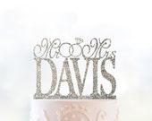 Glitter Mr and Mrs Cake Topper with Linked Rings, Personalized Last Name Wedding Topper, Custom Wedding Cake, Elegant Cake Topper- (T026)