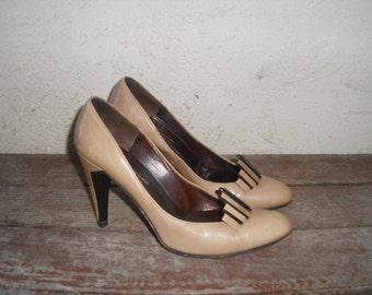 Vintage 80s Charels Jourdan Paris Pumps Heels 7