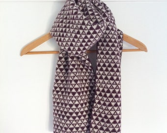 Ladies knitted lambswool scarf, knitted scarf, ladies knitted scarf, lambswool, plum scarf, geometric pattern, handmade