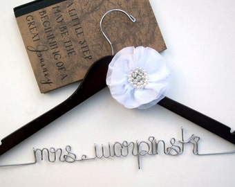 Personalized Bridal Hanger w/Flower Embellishment, Bridesmaid gift, Wedding Dress Hanger, Bridal Shower Gift, Bridal Party, Maid of Honor