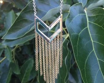 Dangle Arrow Necklace