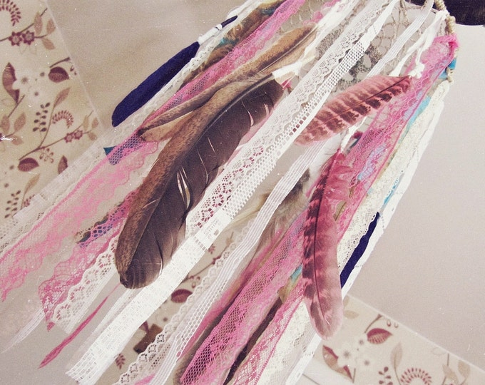 Feathers Dreamcatcher Mobile - Bohemian Nursery Decor - Gypsy Crib Mobile - Boho Hippy Decor - Newborn Gift - Nursery Dream Catcher