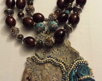 Outrageous Cheetah Agate Druzy Statement Pendant Necklace VRBA-like Heavy Necklace JEANS Rodeo Drive Haute Couture Beverly Hills Art Gaudy