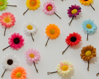 Daisy Flower Hair Pin, Flower Bobby Pin, Daisy Hair Pin, Daisy Bobby Pin, Pick Your Color, Wedding Accessory, Bridesmaid Gift, Festival Wear
