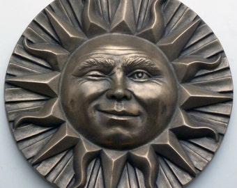 Small Winking Sun Face Wall Plaque in Bronze Resin