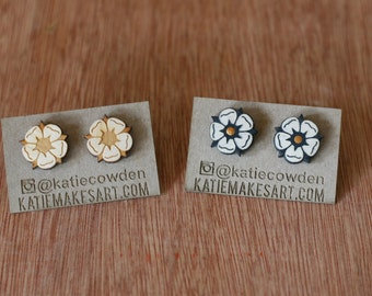 Heraldic Rose Laser Etched Studs