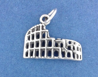 ROMAN COLISEUM Charm, Colosseum, Ampitheatre, Rome Italy .925 Sterling Silver Charm
