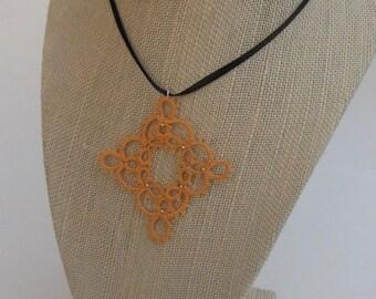 Four-Point Medallion Pendant Light Golden Orange