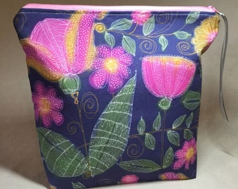 Handmade Zipper Travel Bag with Floribunda design