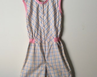 Vintage all-in-one shorts jumpsuit / onesie for a teenage girl size 14.