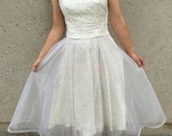 White & Silver Net and Tulle 1950's Wedding Party Prom Dress Small 34-26-full