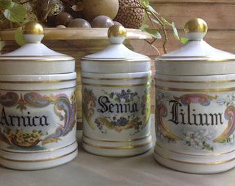 Pharmacy jugs with lids