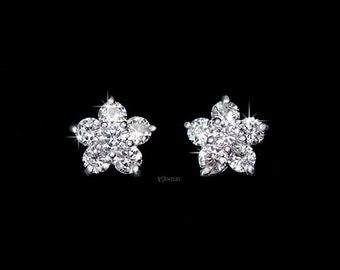 Tiny Flower Stud Cubic Zicronia Earrings, Crystal Stud Earrings, Flower Diamond Earrings, Diamond Stud Earrings, Small Earrrings, AE0080