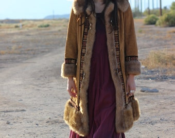 EMBROIDERED geometric vtg 70's-80's bohemian boho mid length HIPSTER faux fur coat