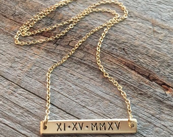 Roman Numeral Necklace / Gold Bar Necklace / Personalized Special Date Necklace / Nameplate Necklace / Bridesmaid Gifts / Dainty Gold Bar