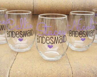 Personalized Bridesmaid Glasses, Personalized Gift for Bridesmaids, Bridesmaid Wine Glasses