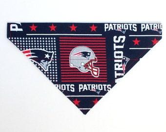 New England Patriots Dog Bandana, Dog Scarf, no tie bandana, slip on bandana, pet bandana, doggy scarf , scarf for dogs