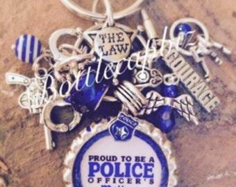 Proud Police Officers Mom w/ handcuffs KeyChain/PurseCharm