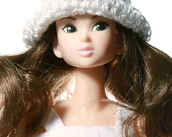 Doll clothes (hat): Jasmine