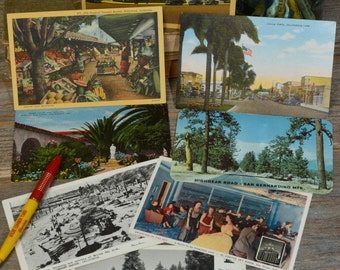 California vintage POST CARDS, A Collection of 8 Unused Retro Post Cards from the 40's and 50's.