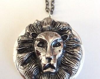 Royal Lion Locket Necklace, Art Nouveau Silver Tone Necklace, Statement Locket Necklace, Large Lion Head Locket, Lion Locket Necklace, Gift