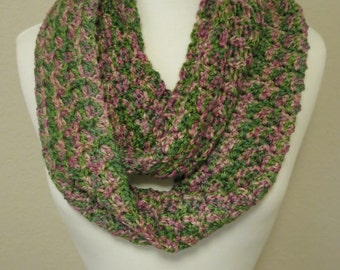 Crochet Infinity Scarf in Pink and Green