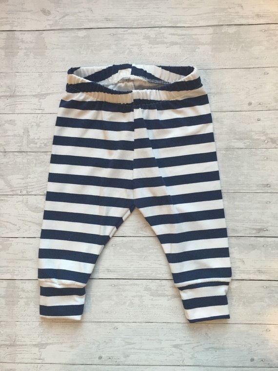 Free shipping and returns on Tucker + Tate Stripe Leggings (Baby Girls) at goodforexbinar.cf Vibrant and colorful stripes pattern a pair of soft and stretchy leggings perfect for everyday wear.5/5(1).